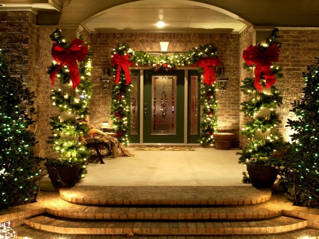 Exterior Christmas Decorating | All-Clean!