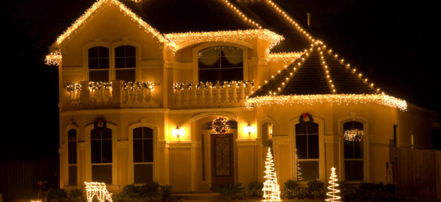 Is There A Value In Hiring A Professional Holiday Lighting Service?